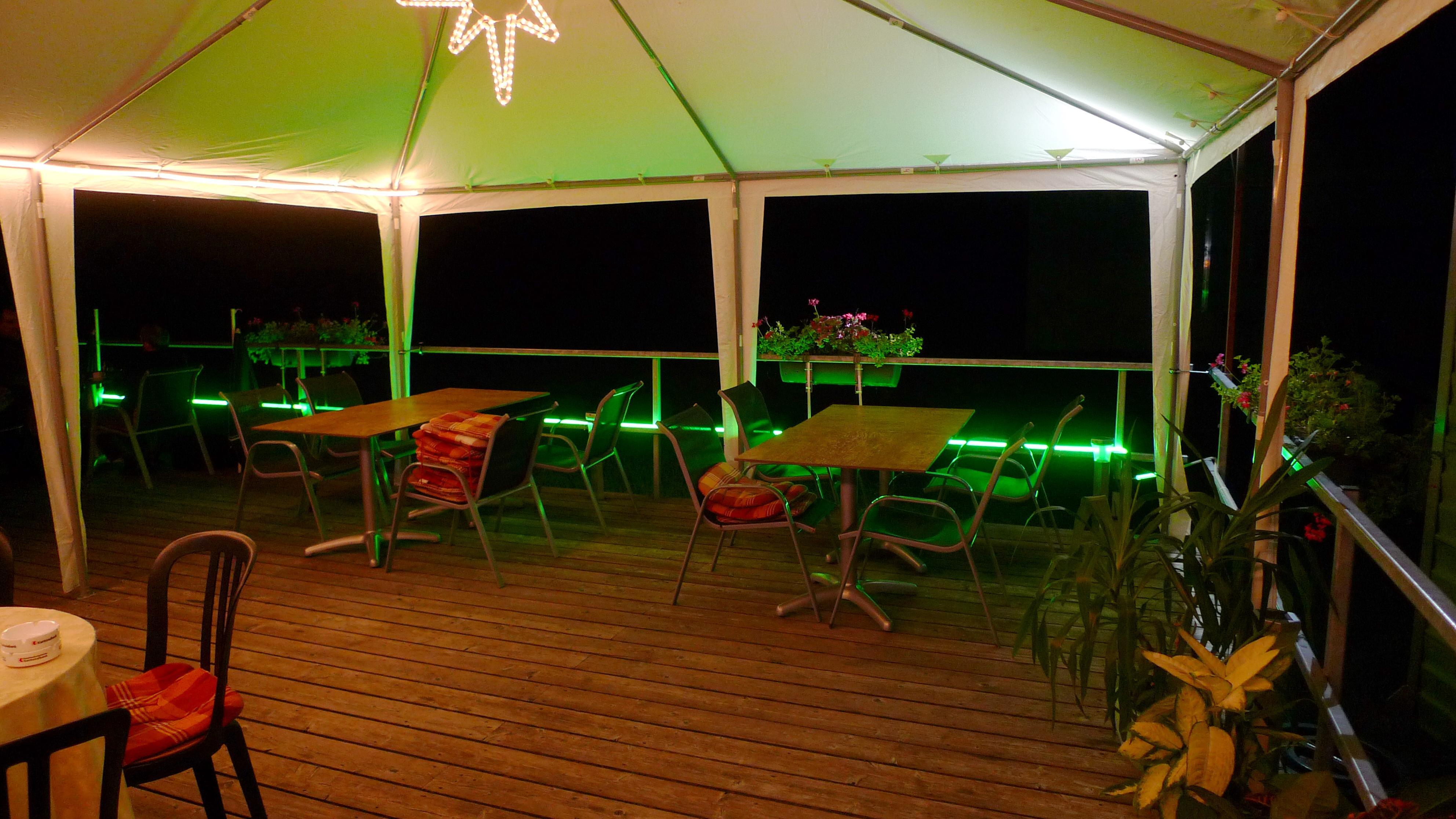 Aussenzelt-Restaurant-Lachmatt-A001