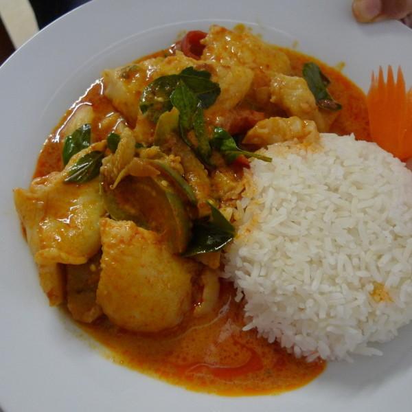 Fisch Thai-Art (Roter od. grüner Curry)
